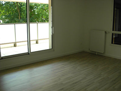 Appartement F3 62.12M² 8/10